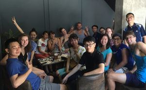 A photo of the American and Vietnamese students at Vinh University