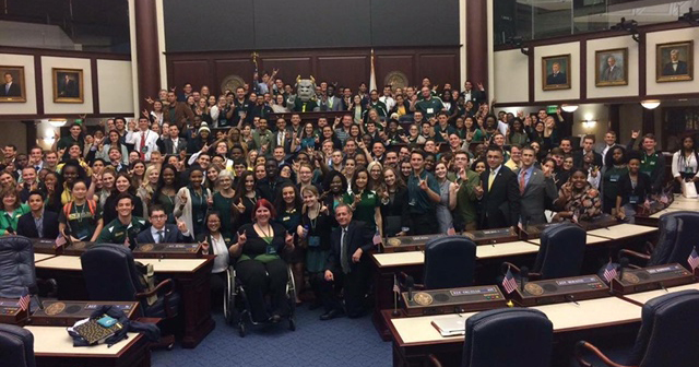 A photo of Students, faculty and staff from USF, USF St. Petersburg and USF Sarasota-Manatee in Tallahassee.
