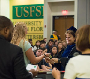 Patti Helton welcomes new students
