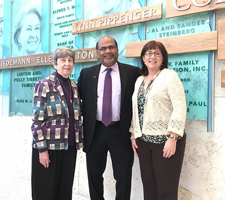 Lynn Pippenger (left) with Kate Tiedemann College of Business Dean Sri Sundaram and